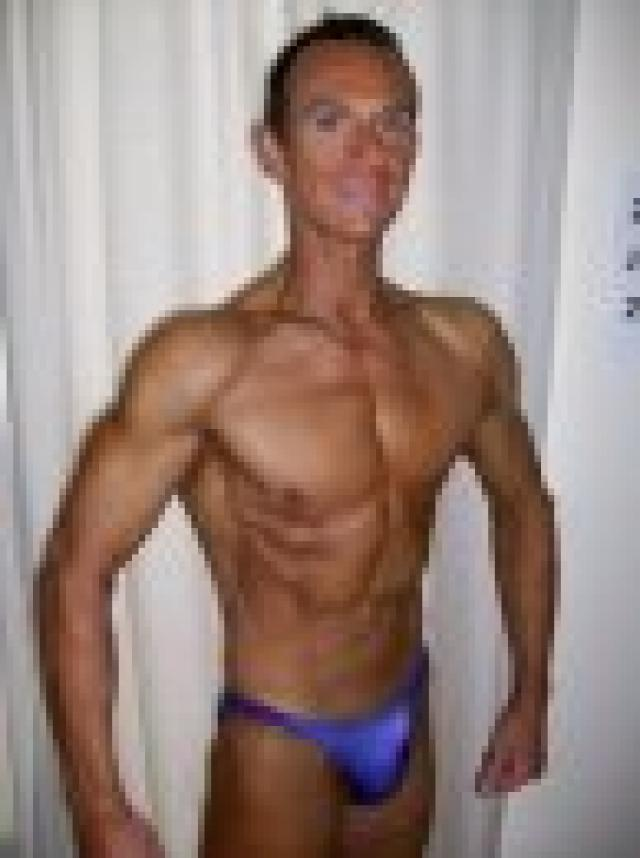 Image of Personal Trainer Tim Sharp 20th June 2009 35lbs lost in 16 weeks