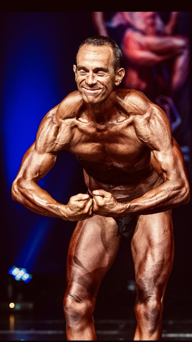 image of image: 20 of 32Tim poses at the 2019 BNBF Central Contest on his way to collect 3<sup>rd</sup> spot in the Over 50s category.