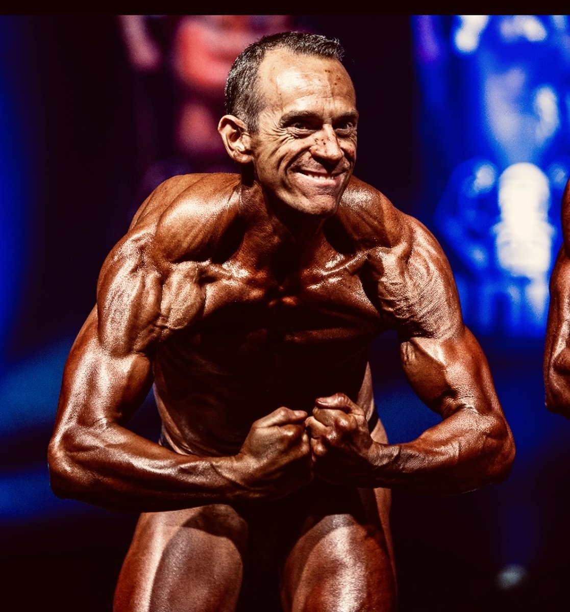 image of image: 23 of 32Tim poses at the 2019 BNBF Central Contest on his way to collect 3<sup>rd</sup> spot in the Over 50s category.