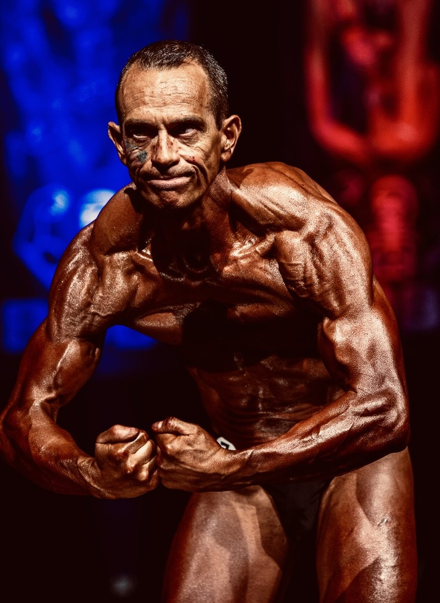 image of image: 25 of 32Tim poses at the 2019 BNBF Central Contest on his way to collect 3<sup>rd</sup> spot in the Over 50s category.