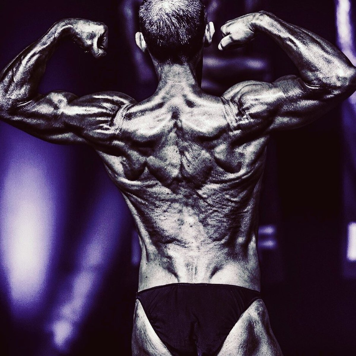 image of image: 27 of 32Tim poses at the 2019 BNBF Central Contest on his way to collect 3<sup>rd</sup> spot in the Over 50s category.