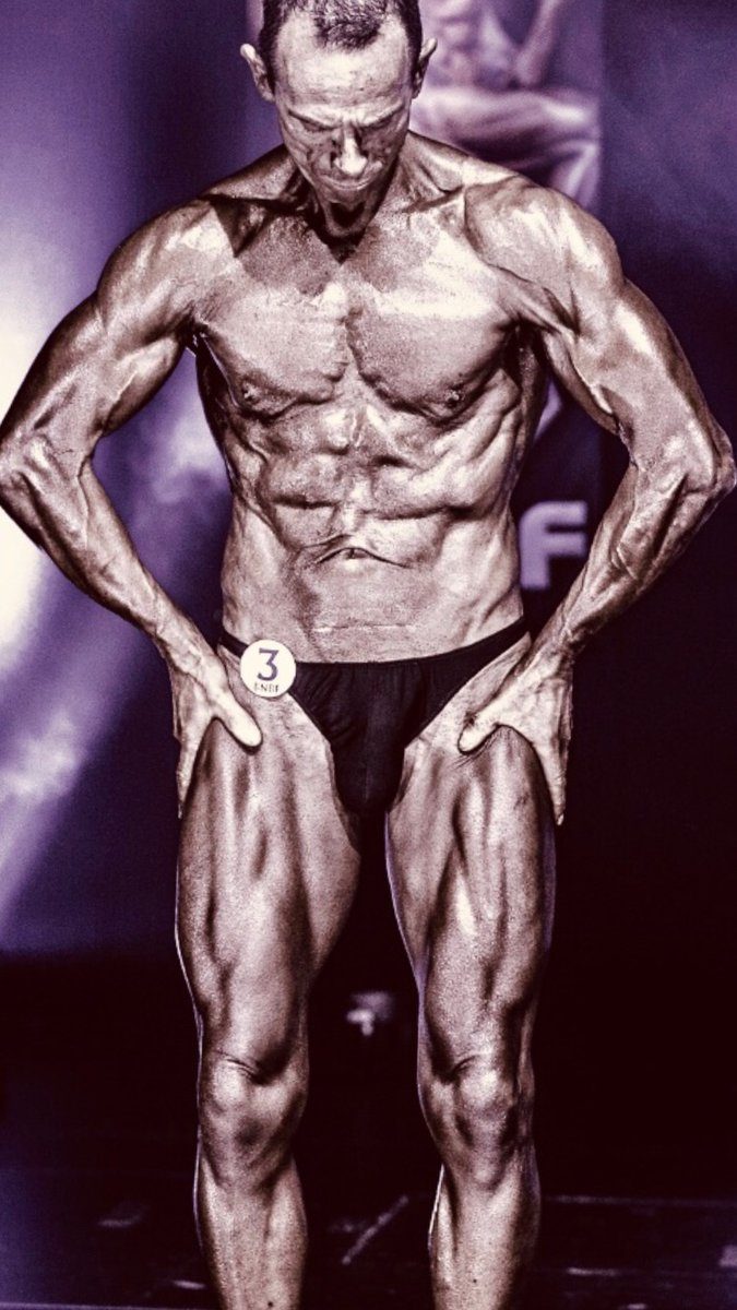 An image of Tim poses at the 2019 BNBF Central Contest on his way to collect 3<sup>rd</sup> spot in the Over 50s category. goes here.